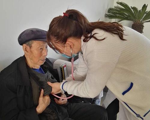 大连养老中心定期医疗服务